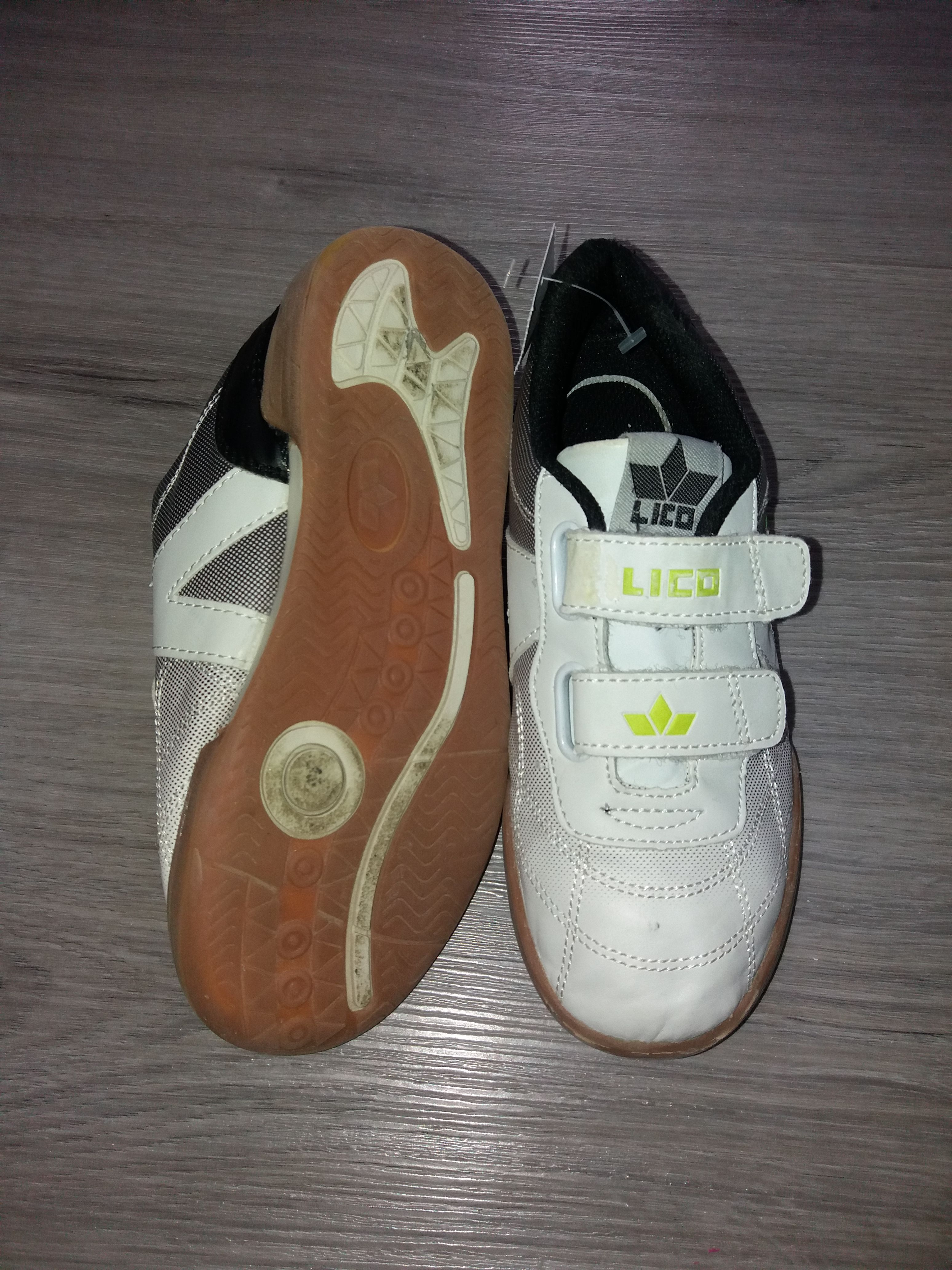 Turnschuhe Lico Gr. 33